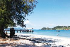 マレー半島西海岸に浮かぶランカウイ島は、マレーシア随一のリゾート・アイランド。島全体が免税であることも有名です。