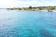 近代的施設が多数存在し、屈指のリゾートとして有名です。島の中心セブ市は「Queen City of the South」の愛称を持っています。