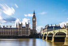 ファッション、芸術、ビジネス、音楽、教育など、あらゆる分野の発信元として、世界をリードするイギリスの首都。