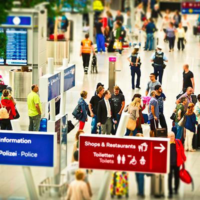 airport-1515431_1920